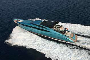 Bahamas Crewed Motor Yachts