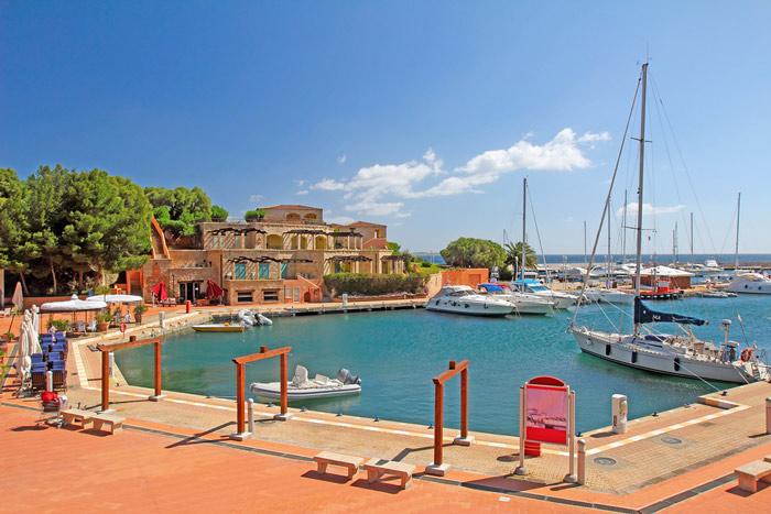 Make port in Portisco in Sardinia