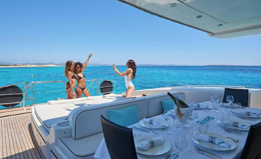 SHANE Motor Yacht Charter