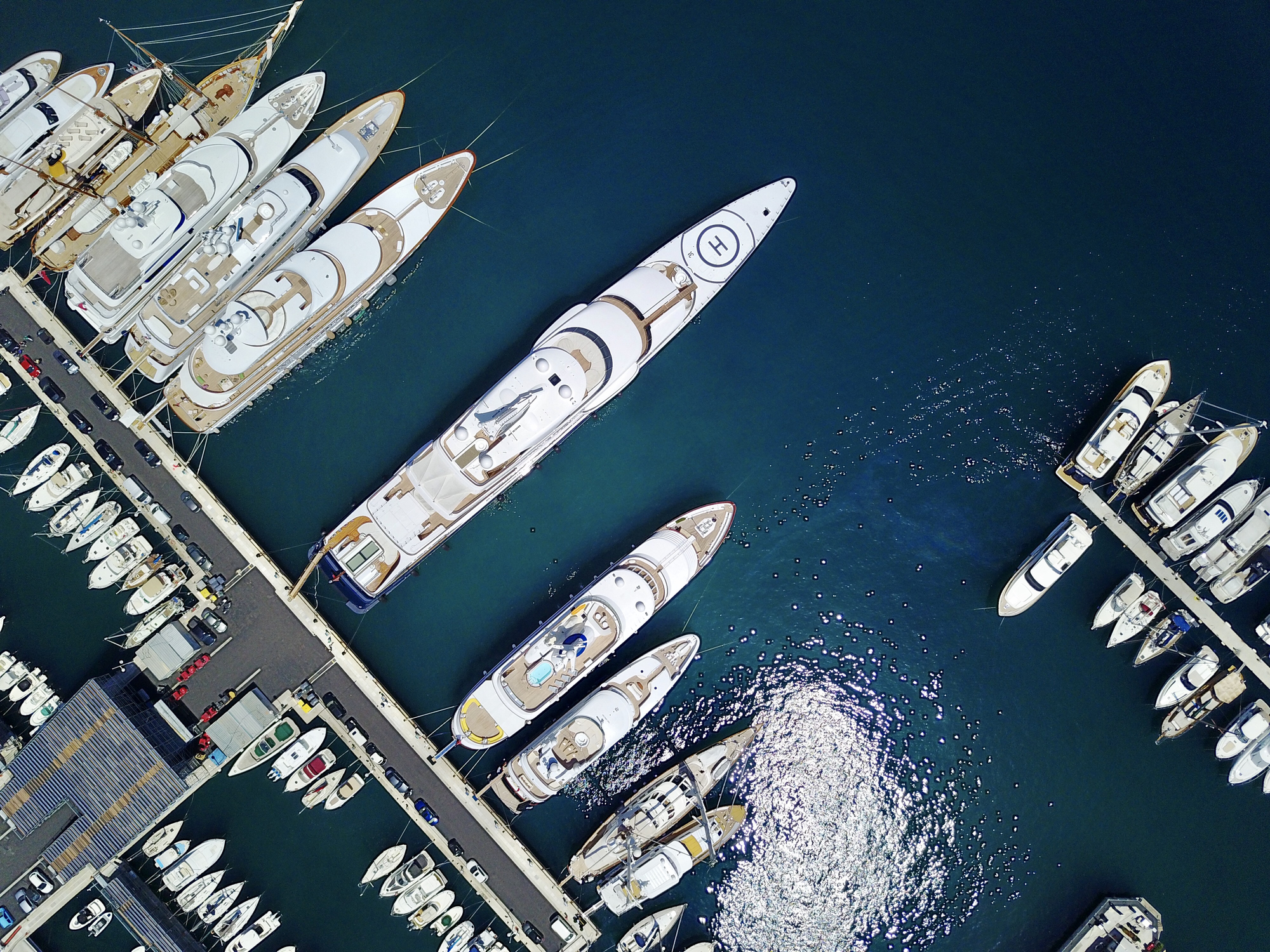 Static charter events in the south of France
