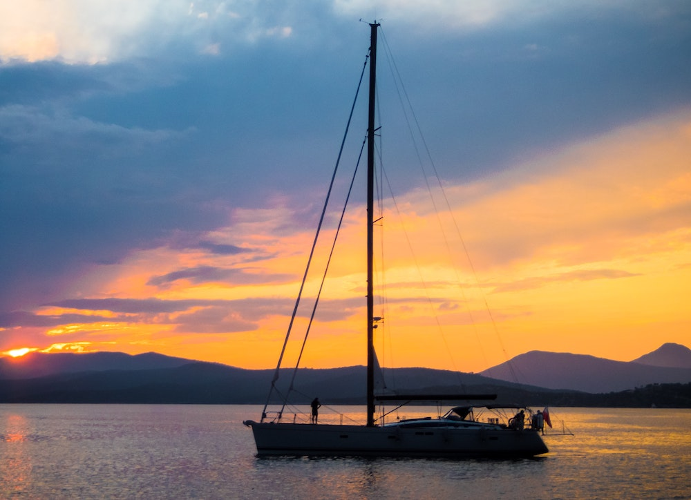 Yachting in Protected Waters