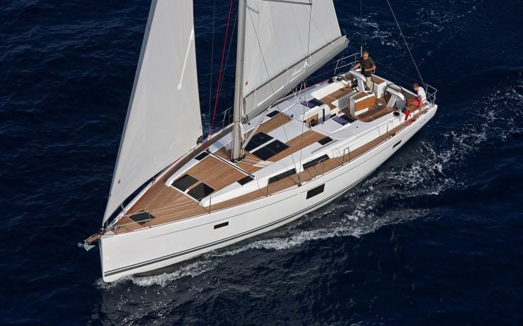 hanse sailing charter