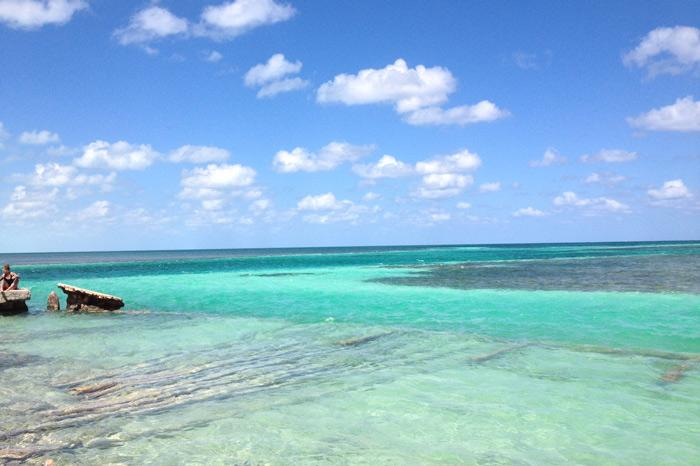Enjoy the stunning Caribbean waters off the coast of Belize