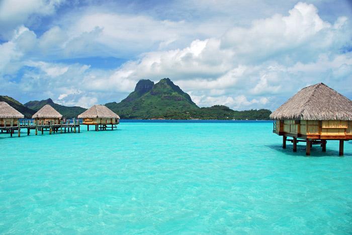 Charter a yacht to the gorgeous Bora Bora