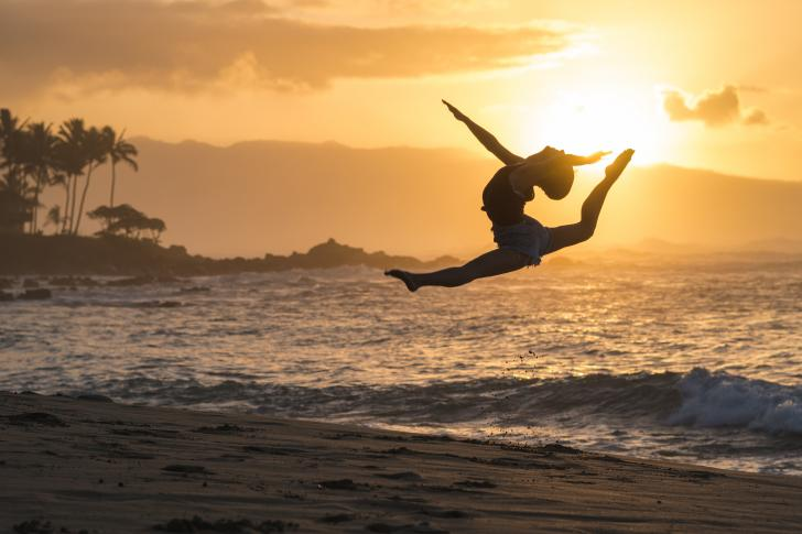 Jump for Joy with Boatbookings