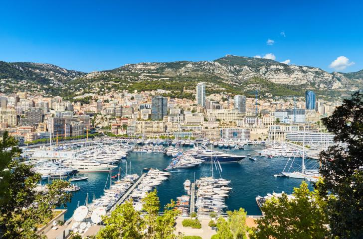 Monaco Yacht Show - Preparations in Port