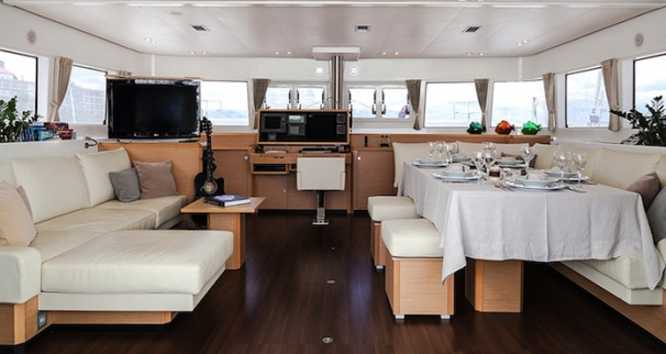 Nova Lagoon 620 Catamaran Saloon