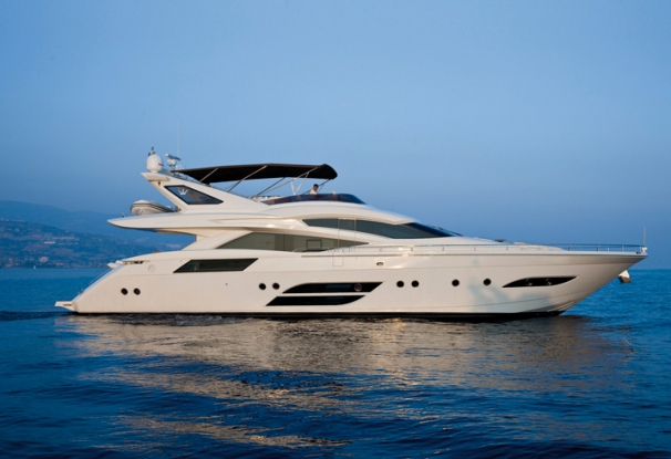 SASCHA is a beautiful Dominator 780, perfect for families.