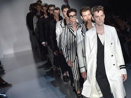 https://www.theguardian.com/fashion/2014/sep/17/gucci-milan-fashion-week-spring-summer-2015