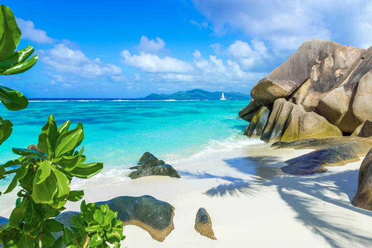 Seychelles, Anse Source d'Argent - Boatbookings Luxury Yacht Charter