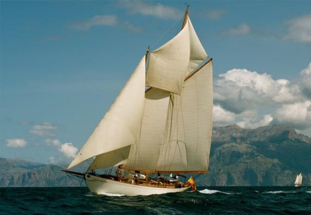So Fong Classic Yacht