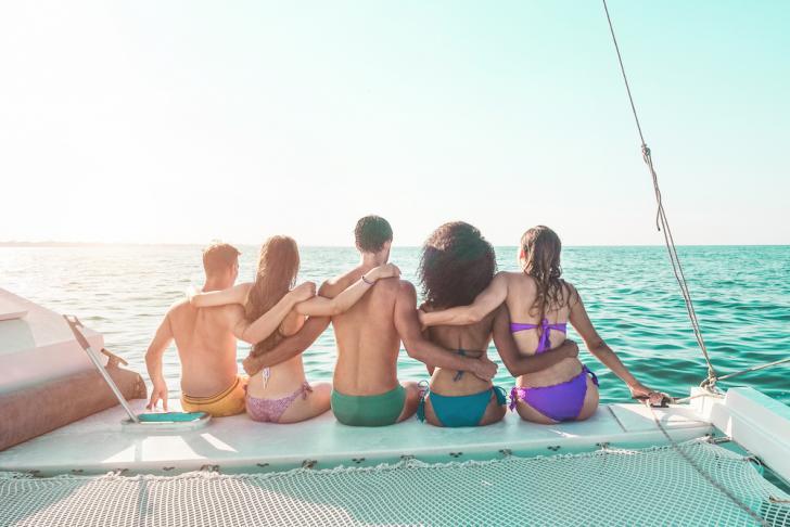 bareboat sailing page