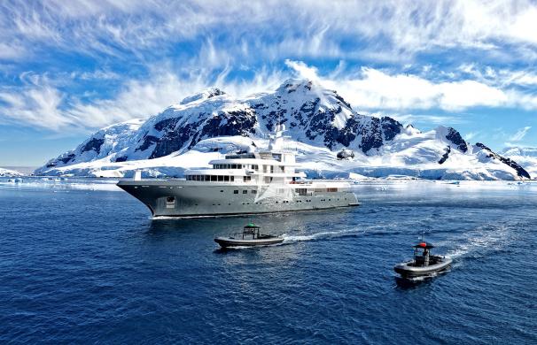motor yacht, superyacht, luxury yacht, yacht planet 9, explorer yacht