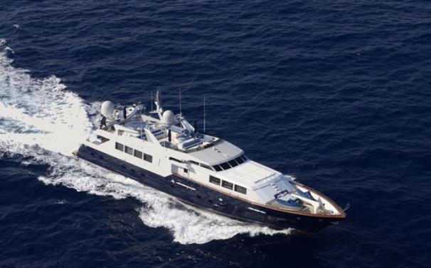 yacht b121