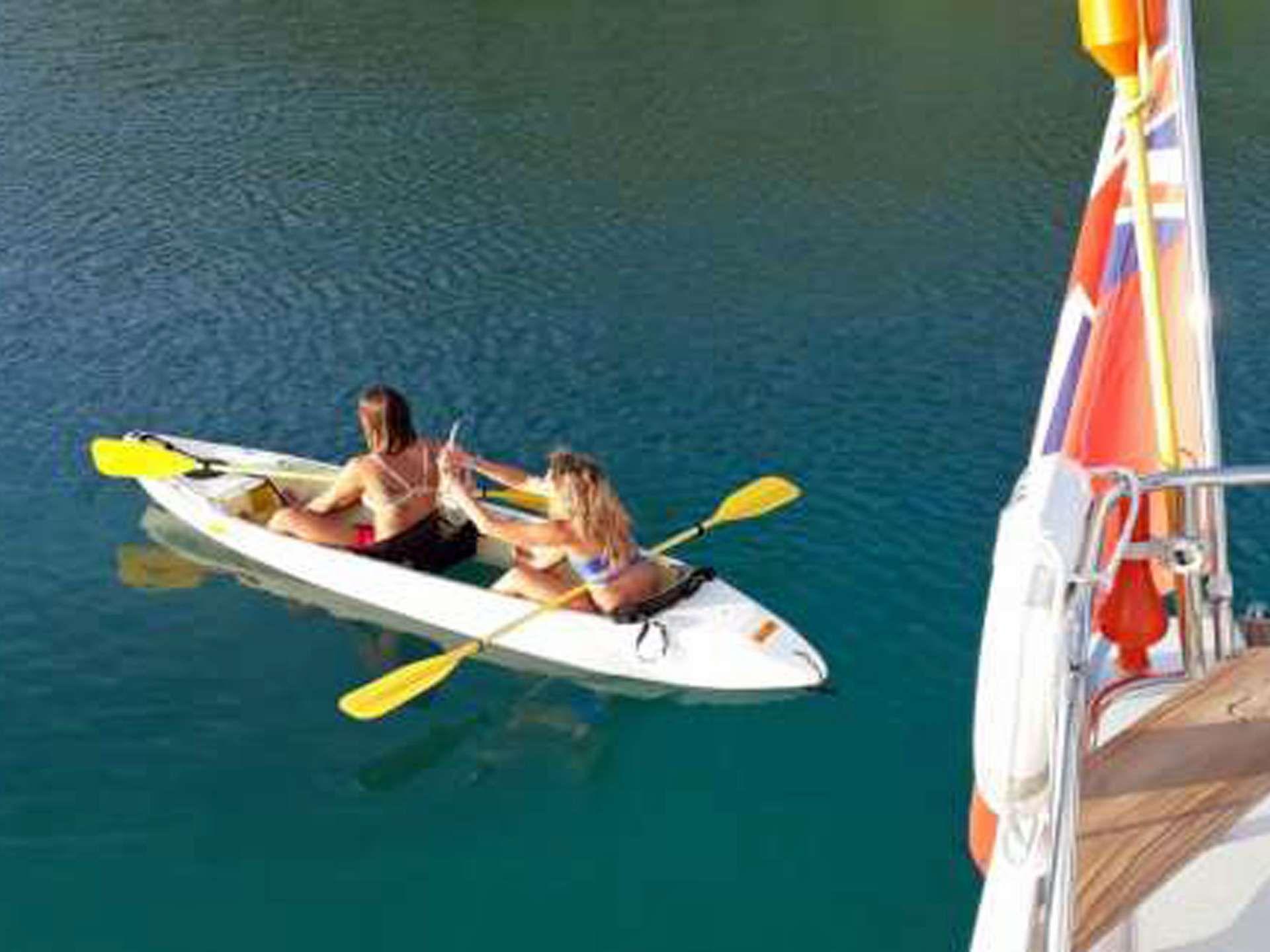 Fun in the glass bottom Kayak
