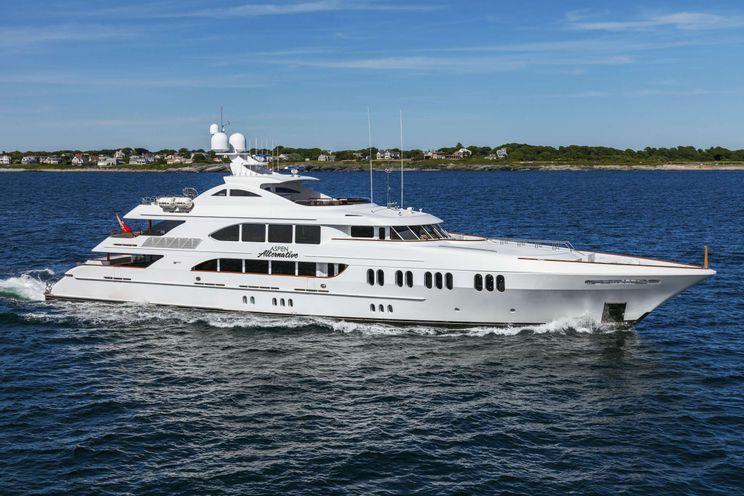 Charter Yacht ASPEN ALTERNATIVE - Trinity Yachts 164 - 5 Cabins - Bahamas - Nassau - Alaska - Costa Rica