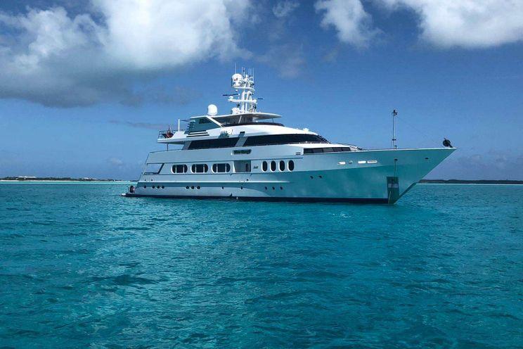 Charter Yacht NEVER ENOUGH - Feadship 140 - 5 Cabins - Nassau - Bahamas - Exumas