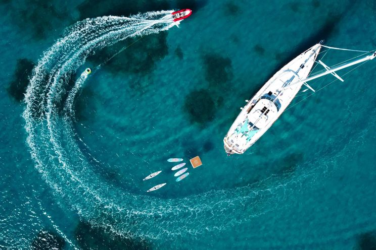 Charter Yacht AUGUST MAVERICK - Stephens 92 - Virgin Islands - New England -St Thomas - Tortola