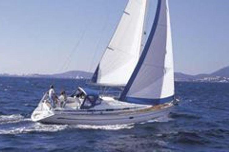 Charter Yacht Bavaria 37 Cruiser (2014) - 3 Cabins - Athens