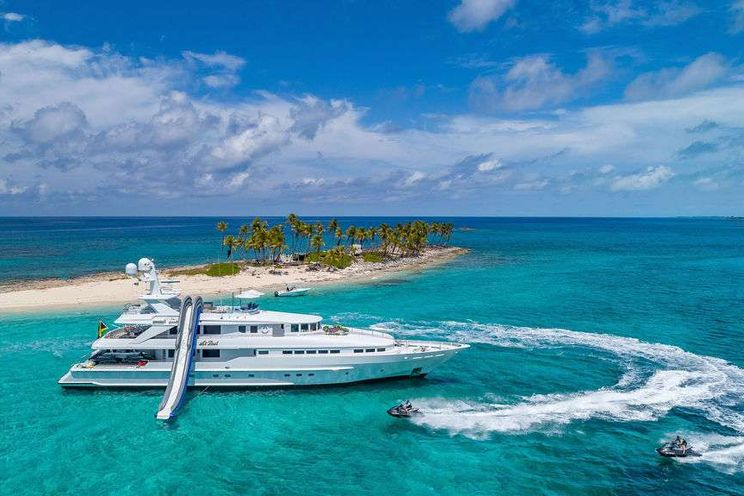 Charter Yacht AT LAST - Heesen 145 - 5 Cabins - Nassau - Exumas - Staniel Cay