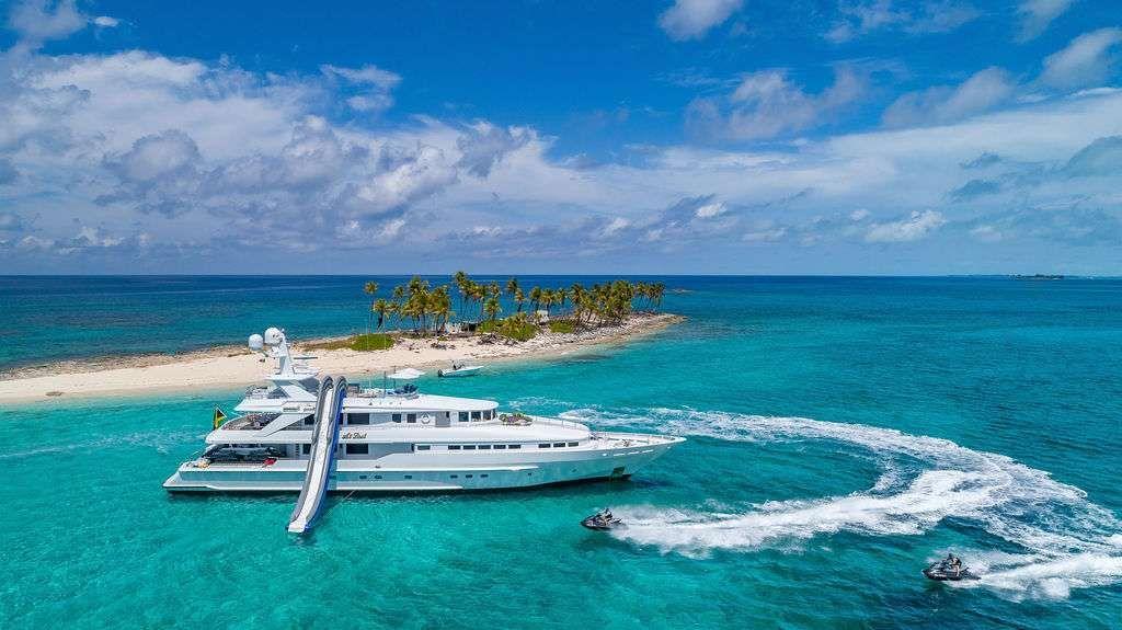 AT LAST - Heesen 145 - 5 Cabins - Nassau - Exumas - Staniel Cay