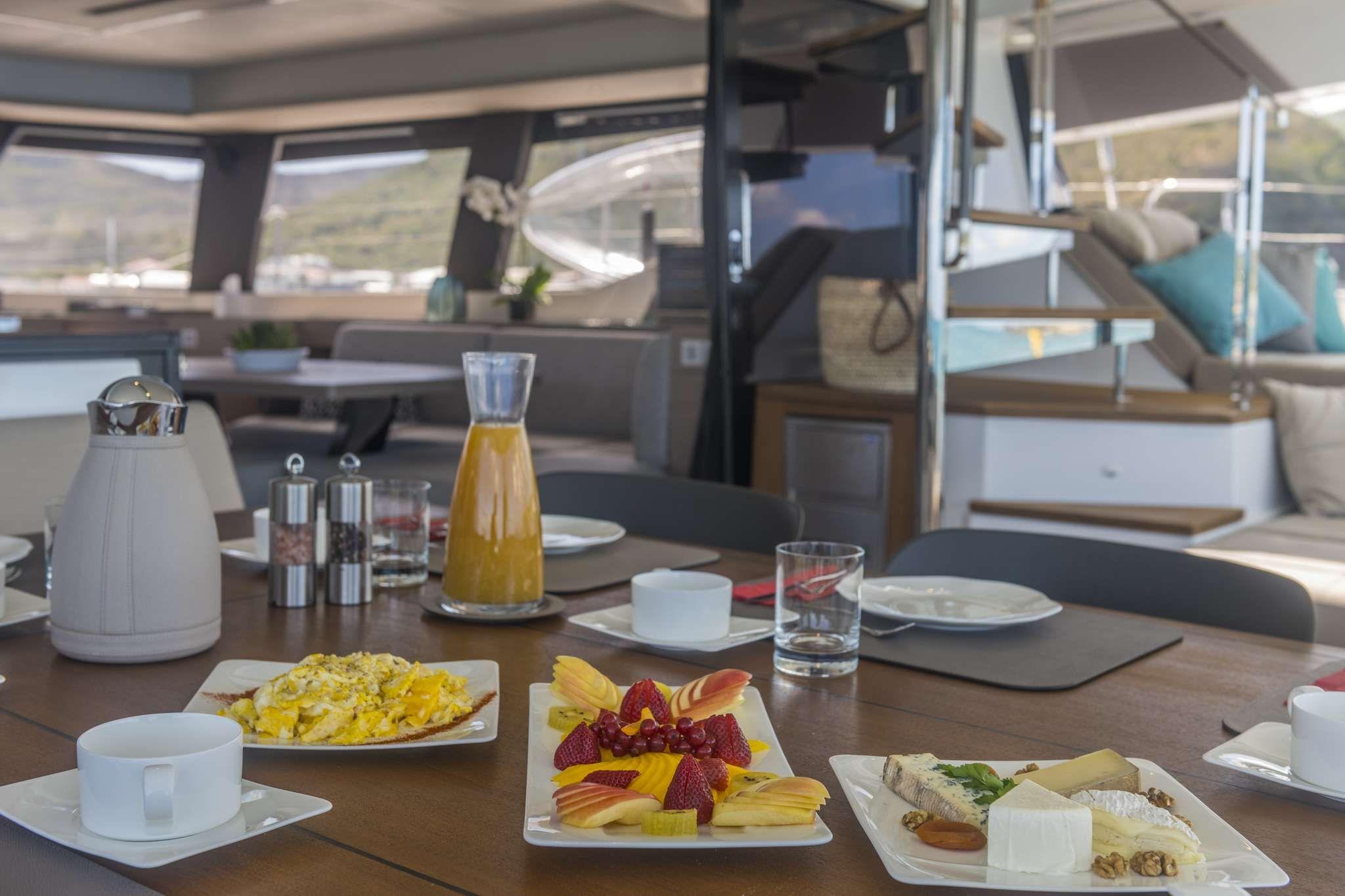 Lifestyle - Breakfast on Aft Deck