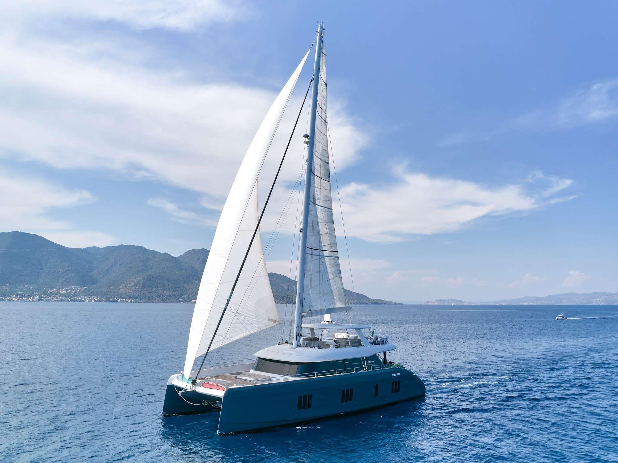 GENNY - Sunreef 80 - 5 Cabins - Athens - Mykonos - Zakynthos