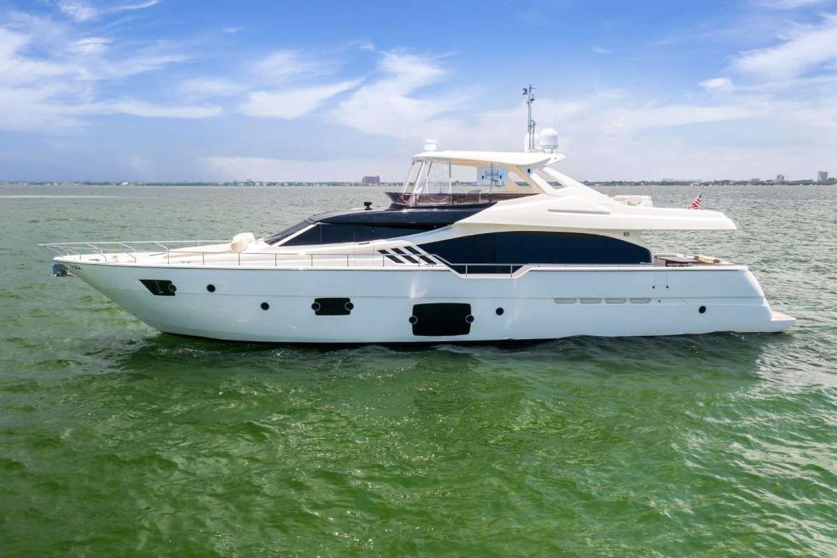 SEA ERA - Ferretti 870 - 4 Cabins - Bahamas