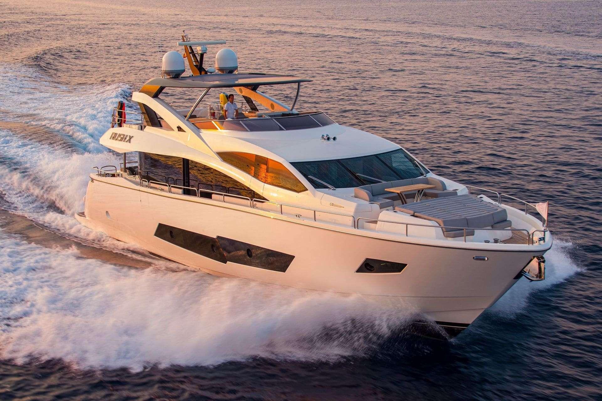 RUSH X - Sunseeker 86 Yacht - 4 Cabins - Palma de Mallorca - Ibiza - Menorca