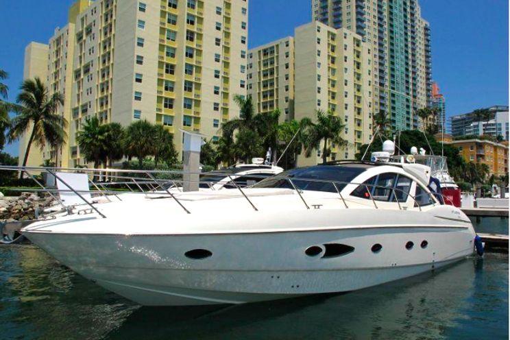 Charter Yacht Azimut 54 - Day Charter - Miami - Ft Lauderdale - Florida