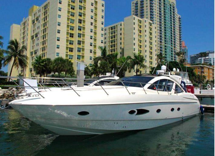 Azimut 54 - Day Charter - Miami - Ft Lauderdale - Florida