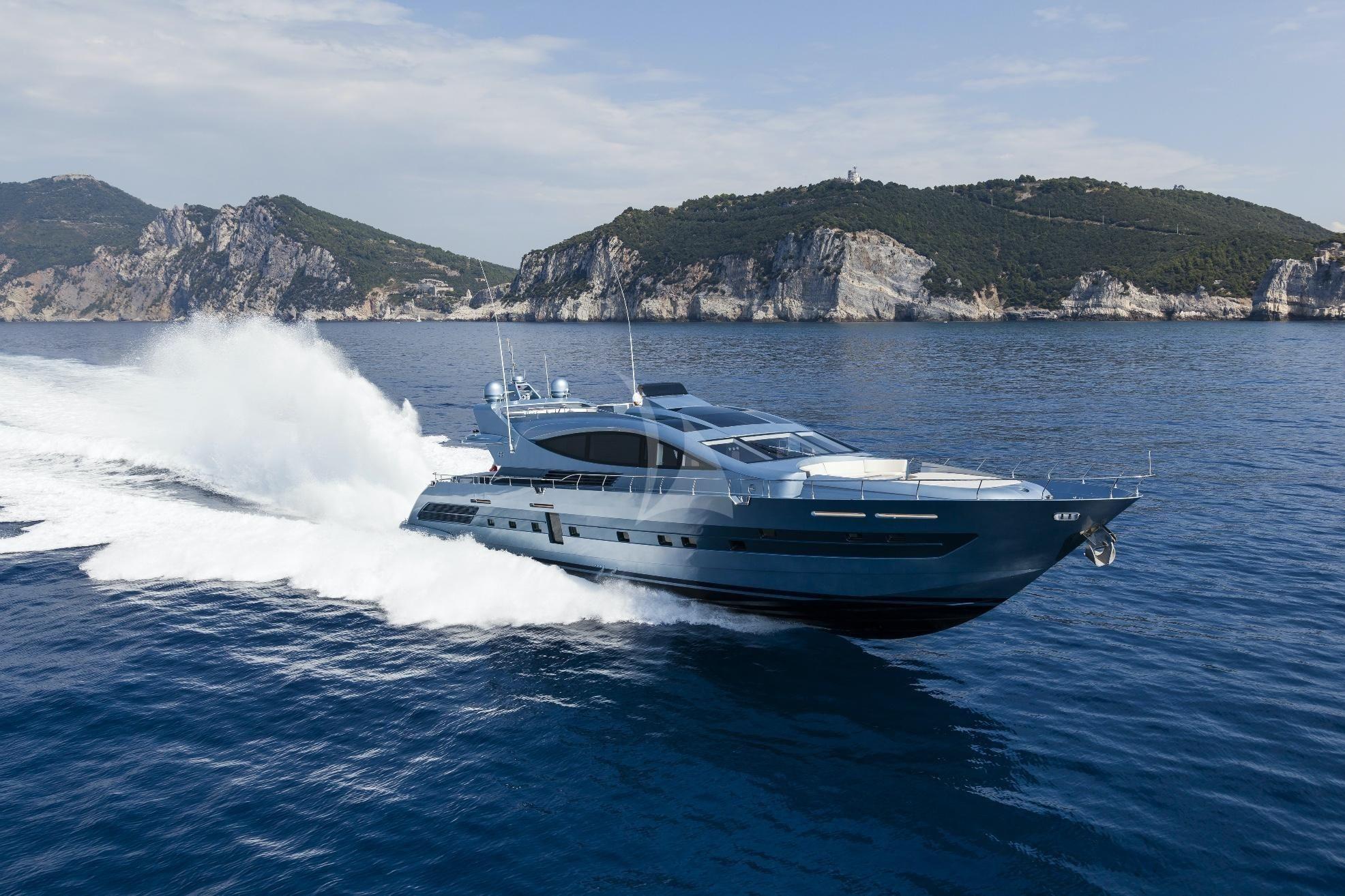 55 FIFTYFIVE - Cerri Flying Sport 102 - 5 Cabins - Amalfi Coast - Naples - Capri