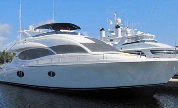 Lazzara 84 - 5 Cabins - Miami Day Boat Rental - South Beach - Biscayne Bay Miami - Miami - Florida