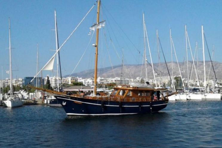 Charter Yacht AEGEAS - Custom Built 50 - 4 Cabins - Athens - Paros - Santorini