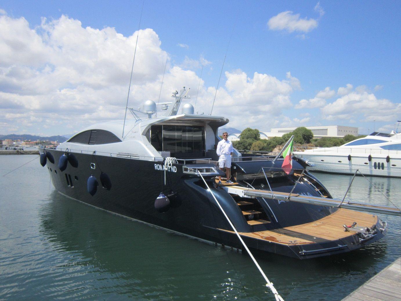 ALEMIA Italcraft 105 Motoryacht Stern View