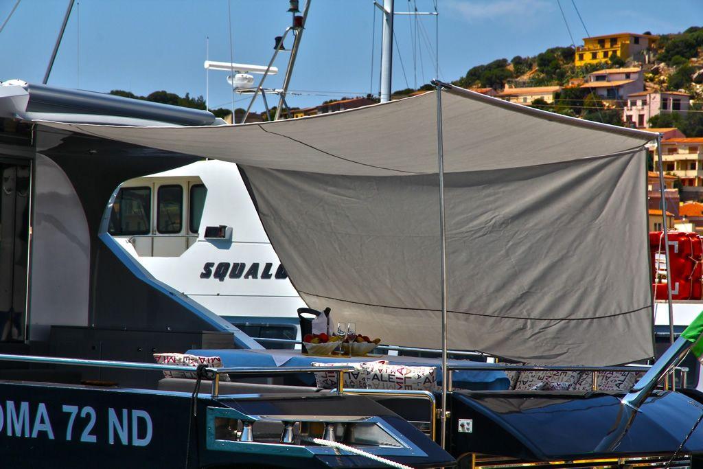 ALEMIA Italcraft 105 Motoryacht Awning