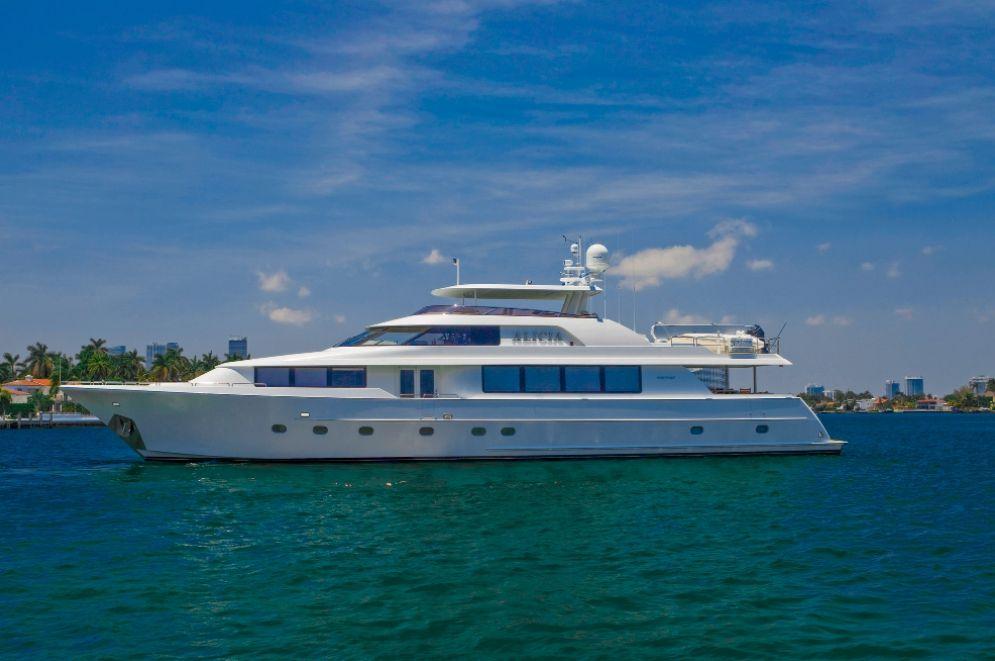 ALICIA - Westport 112 - 4 Staterooms - Bahamas - Nassau - Exumas