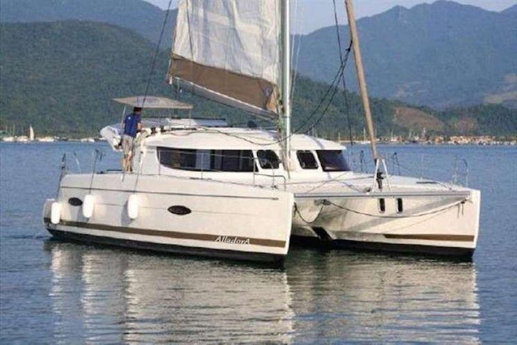 Charter Yacht ALLADORA - Lipari 41 - 3 Cabins - Red Hook - St Martin - USVI