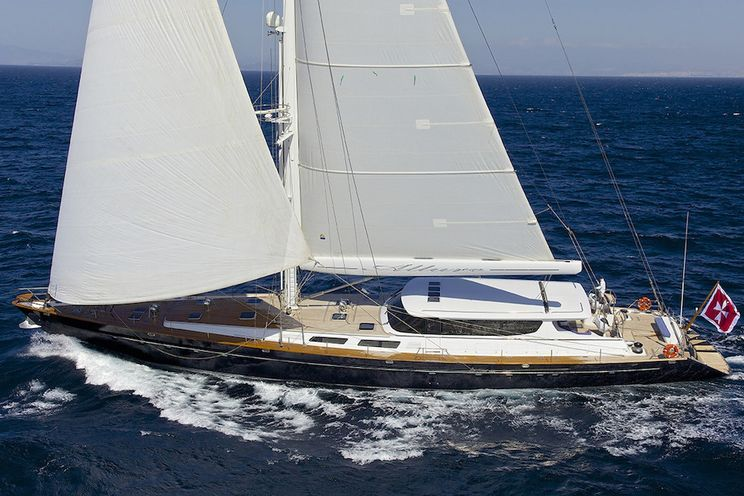 Charter Yacht ALLURE - Sterling Yachts 133 - 4 Cabins - Athens - Corfu - Santorini