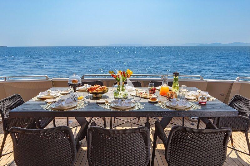 aft deck al fresco dining table