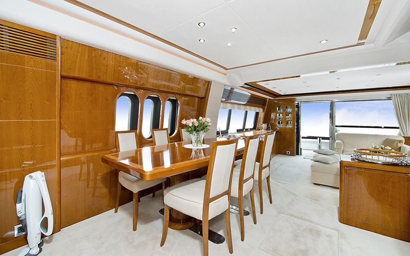 ANNE VIKING Princess 84 Luxury Motoryacht Dining