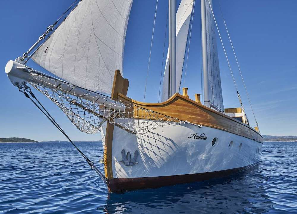 ARDURA - Custom 28m - 6 Cabins - Split - Dubrovnik - Hvar - Trogir