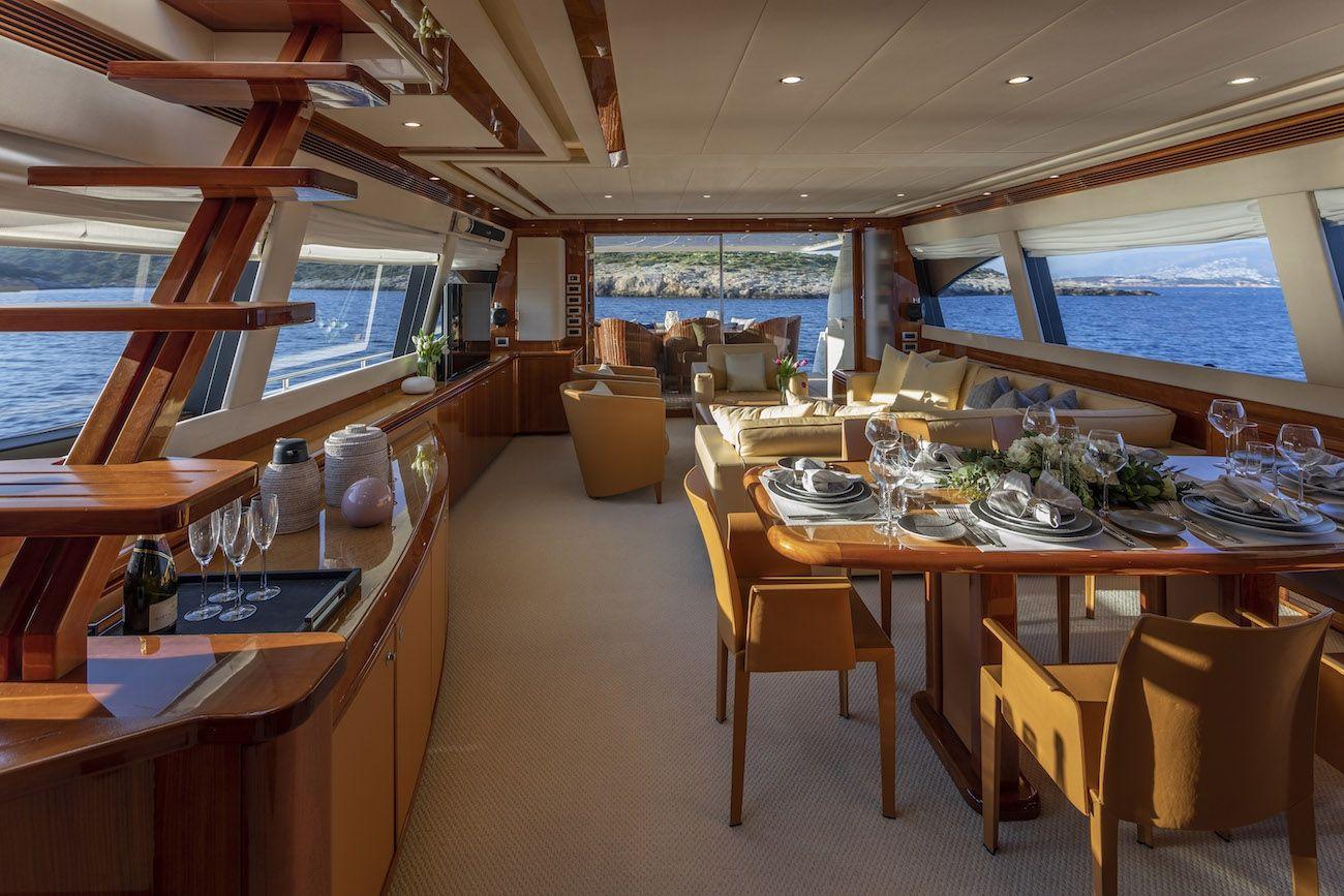 ASTARTE Ferretti Motor Yacht Main Saloon