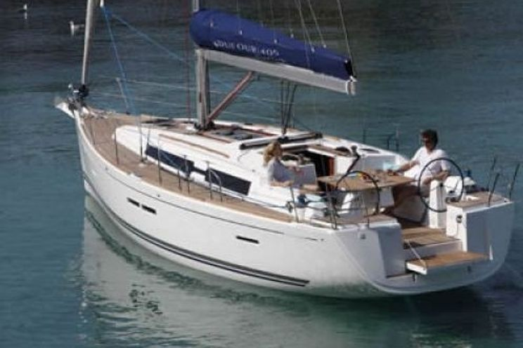 Charter Yacht Dufour 405 - 3 cabins - Antibes