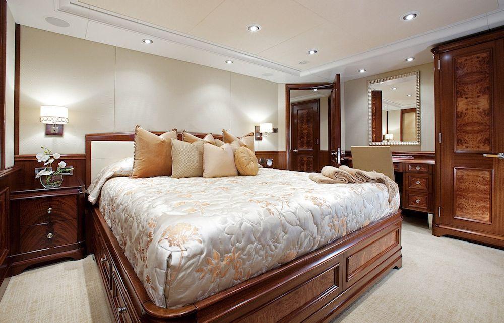AVALON Luxury Motor Yacht Cabin