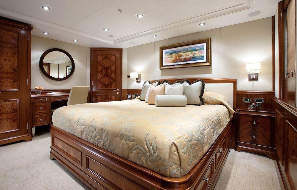 AVALON Luxury Motor Yacht Stateroom