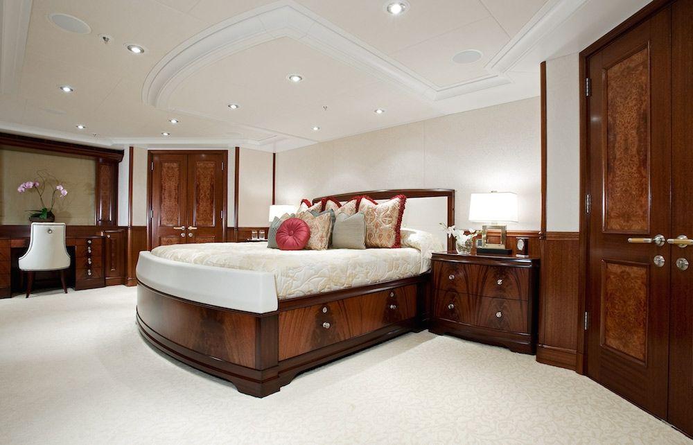 AVALON Luxury Motor Yacht Master Suite