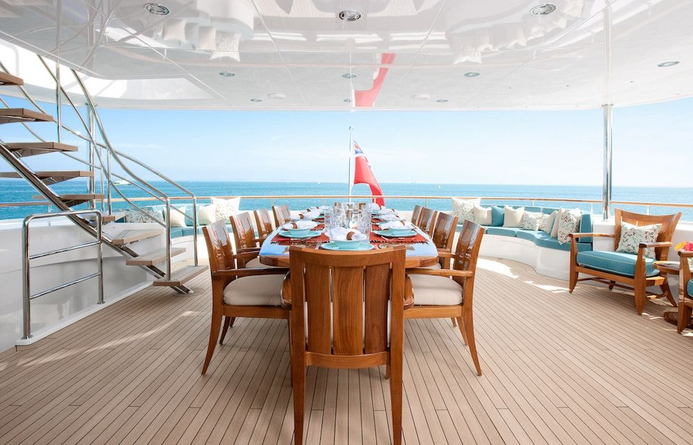 AVALON Luxury Motor Yacht Al Fresco Dining