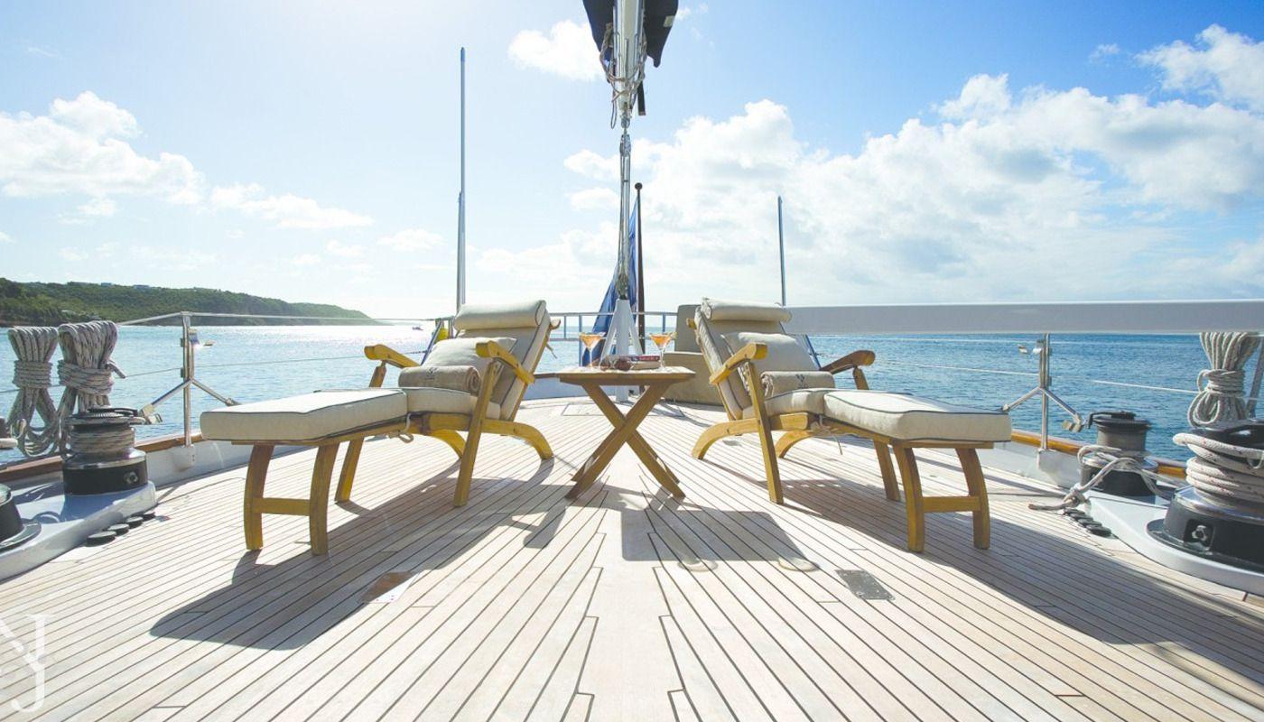 Boatbookings AXIA Sailing Yacht