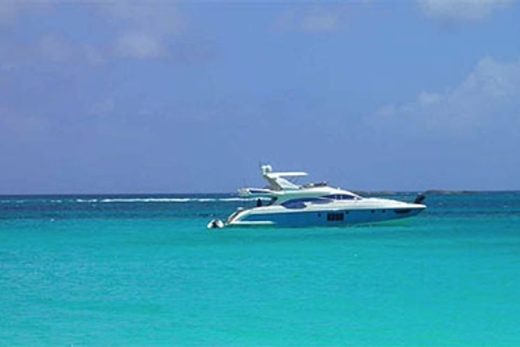Charter Yacht Azimut 70 - 4 Cabins - Miami - South Beach - Biscayne Bay